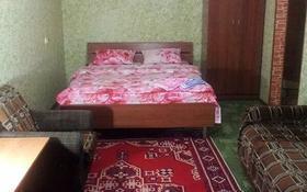 1-комнатная квартира, 40 м², 4/4 этаж посуточно, Иляева 5а за 4 000 〒 в Шымкенте