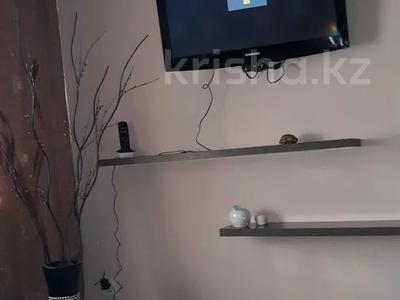 1-комнатная квартира, 42 м², 1/5 этаж посуточно, Гоголя 50/1 за 10 000 〒 в Караганде, Казыбек би р-н — фото 3