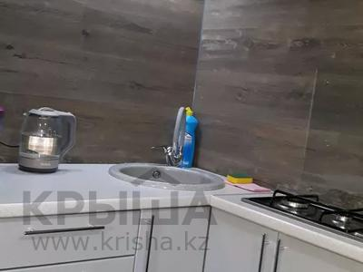 1-комнатная квартира, 42 м², 1/5 этаж посуточно, Гоголя 50/1 за 10 000 〒 в Караганде, Казыбек би р-н — фото 6