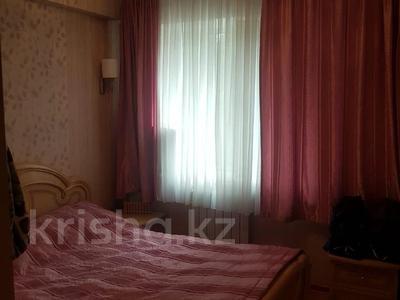 4-комнатная квартира, 68 м², 2/5 этаж, мкр Мамыр, Жандосова — Яссауи за 25.4 млн 〒 в Алматы, Ауэзовский р-н — фото 2