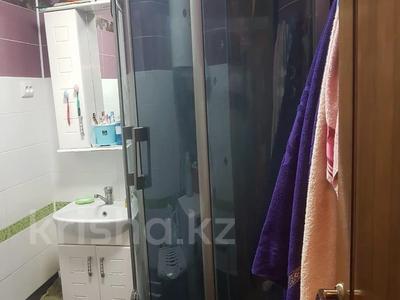 4-комнатная квартира, 68 м², 2/5 этаж, мкр Мамыр, Жандосова — Яссауи за 25.4 млн 〒 в Алматы, Ауэзовский р-н — фото 4