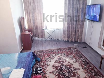 1-комнатная квартира, 37 м², 1/9 этаж посуточно, Сыганак 7 за 6 000 〒 в Нур-Султане (Астана), Есиль р-н — фото 2