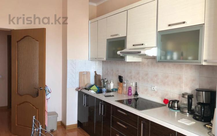 3-комнатная квартира, 110 м², 10/11 этаж, Женис 3 за 34.5 млн 〒 в Нур-Султане (Астана), Есиль р-н