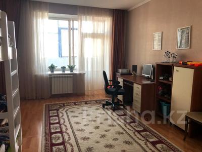 3-комнатная квартира, 110 м², 10/11 этаж, Женис 3 за 34.5 млн 〒 в Нур-Султане (Астана), Есиль р-н — фото 5