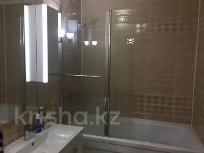 2-комнатная квартира, 65 м², 1/5 этаж, Сатпаева 50б за 23 млн 〒 в Атырау — фото 6