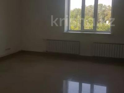 Здание, площадью 2300 м², Волочаевская 8 — Ключевая за 400 млн 〒 в Караганде, Казыбек би р-н