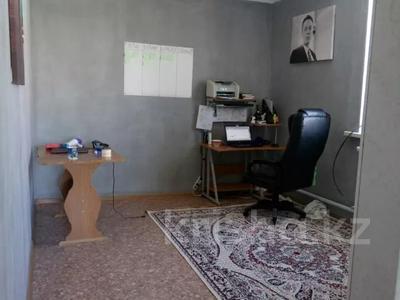 4-комнатный дом, 168 м², 6 сот., Кустанайская 18 — Еркинова за 30 млн 〒 в Атырау — фото 3