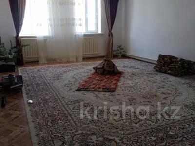 4-комнатный дом, 168 м², 6 сот., Кустанайская 18 — Еркинова за 30 млн 〒 в Атырау