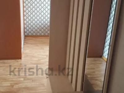 1-комнатная квартира, 32 м², 4/4 этаж, мкр №10 — Правда за 11.8 млн 〒 в Алматы, Ауэзовский р-н