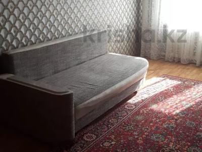 1-комнатная квартира, 32 м², 4/4 этаж, мкр №10 — Правда за 11.8 млн 〒 в Алматы, Ауэзовский р-н — фото 2