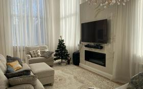 5-комнатная квартира, 260 м², мкр Алмагуль 17 за 150 млн 〒 в Алматы, Бостандыкский р-н