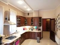 3-комнатная квартира, 66 м², 4/5 этаж посуточно