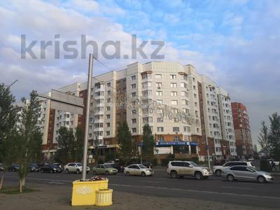 2-комнатная квартира, 55 м², 2/9 этаж, проспект Бауыржана Момышулы — проспект Тауелсиздик за 17.9 млн 〒 в Нур-Султане (Астана)