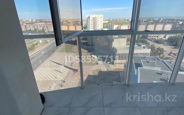 6-комнатная квартира, 200 м², 16/16 этаж, Республики 42 за 62 млн 〒 в Караганде