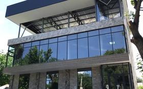 Здание, площадью 860 м², Адырбекова 111 за 150 млн 〒 в Шымкенте, Аль-Фарабийский р-н