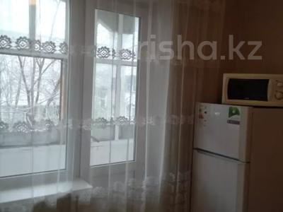 1-комнатная квартира, 32 м², 2/5 этаж посуточно, Мкр 7 15 за 4 000 〒 в Костанае — фото 7