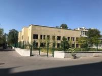 Здание, площадью 2816.8 м²
