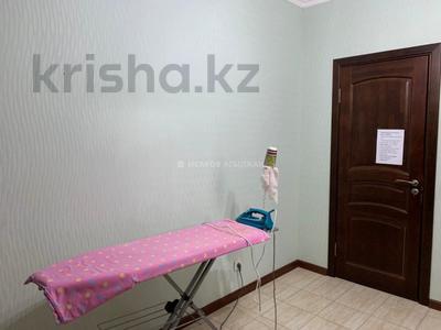 3-комнатная квартира, 126 м², 9/10 этаж, Байтурсынова за ~ 33 млн 〒 в Нур-Султане (Астана), Алматы р-н — фото 5