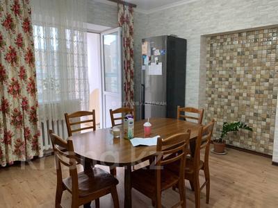 3-комнатная квартира, 126 м², 9/10 этаж, Байтурсынова за ~ 33 млн 〒 в Нур-Султане (Астана), Алматы р-н