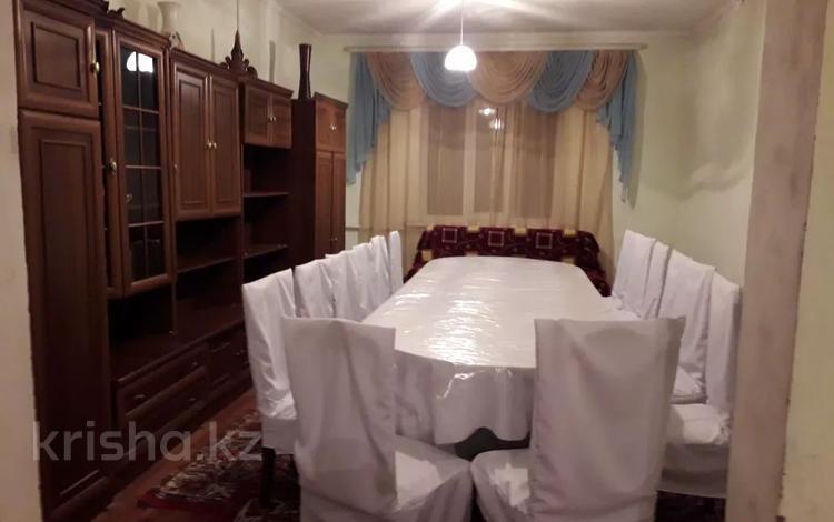 7-комнатный дом посуточно, 250 м², 7 сот., Хайдар Дулати — Памирская за 25 000 〒 в Таразе