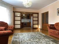 3-комнатная квартира, 100 м², 4/12 этаж посуточно, Рахимова 22 за 15 000 〒 в Нур-Султане (Астане), р-н Байконур