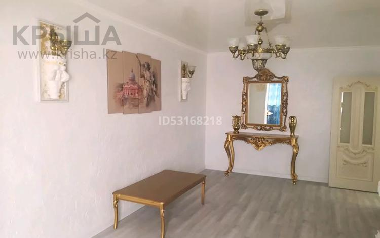 3-комнатная квартира, 74 м², 4/4 этаж помесячно, Тауке-Хана 160 за 200 000 〒 в Шымкенте, Аль-Фарабийский р-н