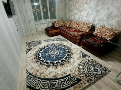 2-комнатная квартира, 65 м² посуточно, мкр Север , Шаяхметова рыскулова 2 — Шаяхметова Рыскулова за 10 000 〒 в Шымкенте, Енбекшинский р-н