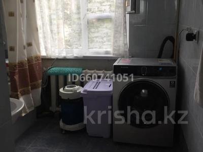 5-комнатная квартира, 102.2 м², 4/5 этаж, Каратюбинское шоссе 44 за 20 млн 〒 в Шымкенте, Енбекшинский р-н