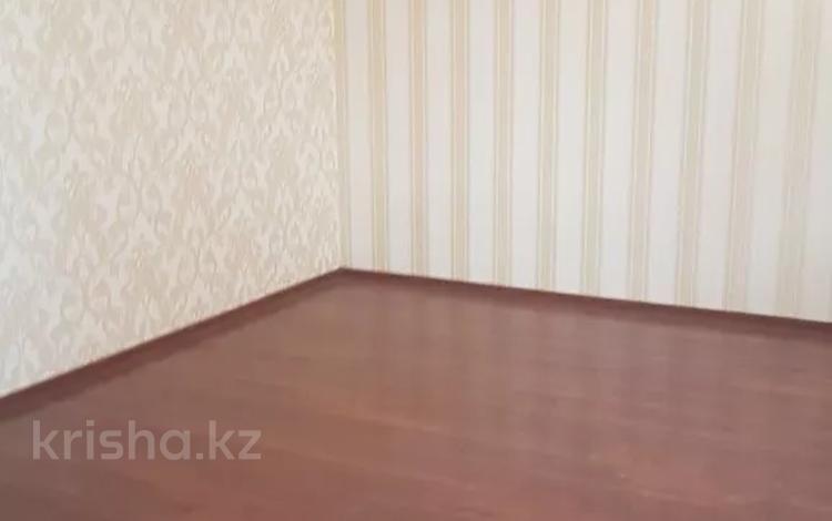 8-комнатный дом, 450 м², 10 сот., Узак Оралбай 72 за 50 млн 〒 в