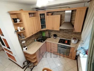 3-комнатная квартира, 66 м², 4/5 этаж, Толе би — Муратбаева за 32.5 млн 〒 в Алматы, Алмалинский р-н — фото 7