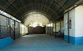 6-комнатный дом, 250 м², 10 сот., Кокшетау 3 — Хан Шатыр за 35 млн 〒 в