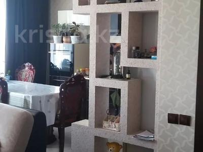4-комнатная квартира, 76 м², 5/5 этаж, Аблай Хана 132 — Рабочая за 16 млн 〒 в Щучинске