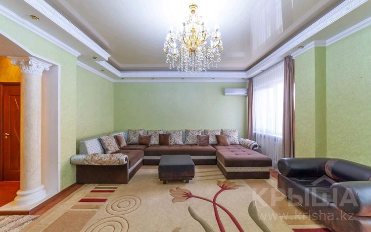 3-комнатная квартира, 90 м², 3/13 этаж помесячно, Сагынак 3 за 150 000 〒 в Нур-Султане (Астана), Есиль р-н
