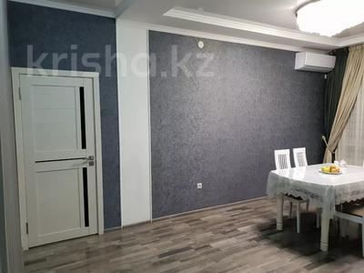 2-комнатная квартира, 61 м², 9/10 этаж, 18-й микрорайон 78 а за 32 млн 〒 в Шымкенте, Енбекшинский р-н