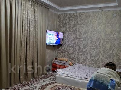 2-комнатная квартира, 61 м², 9/10 этаж, 18-й микрорайон 78 а за 32 млн 〒 в Шымкенте, Енбекшинский р-н — фото 10