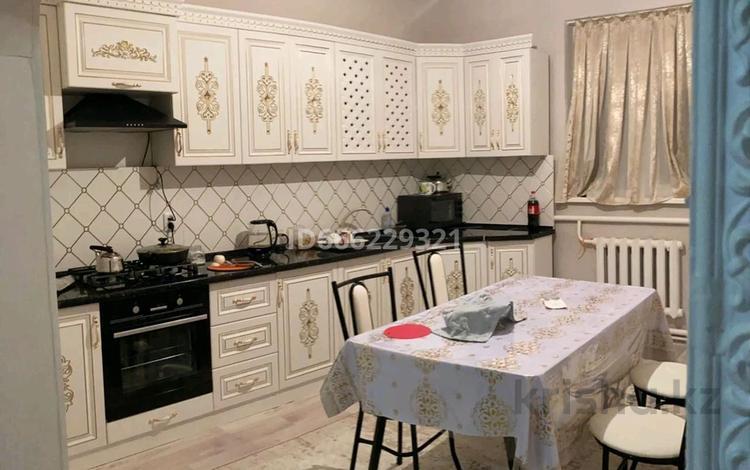 4-комнатный дом, 150 м², Рахат-2 6көше 63 за 18 млн 〒 в Жанаозен