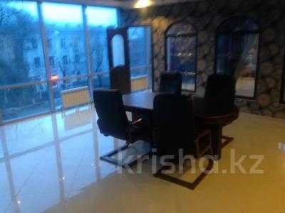 Офис площадью 400 м², Фурманова — Толеби за 5 000 〒 в Алматы, Медеуский р-н — фото 5