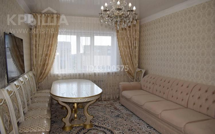 3-комнатная квартира, 82 м², 3/3 этаж, Таугуль за 31 млн 〒 в Караганде, Казыбек би р-н