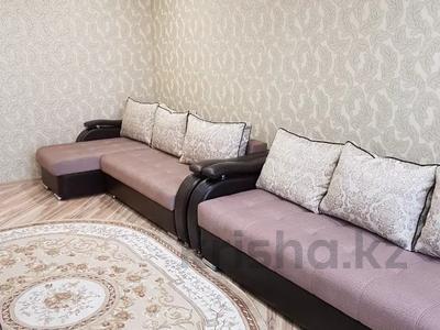 2-комнатная квартира, 52 м², 3/5 этаж посуточно, Строительная 38 — М. Ауэзова за 7 000 〒 в Экибастузе — фото 3