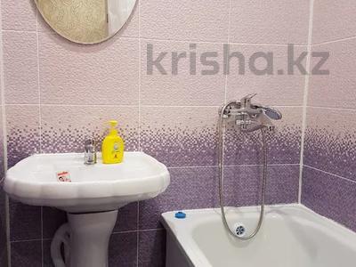 2-комнатная квартира, 52 м², 3/5 этаж посуточно, Строительная 38 — М. Ауэзова за 7 000 〒 в Экибастузе — фото 5