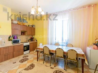 2-комнатная квартира, 114 м², 10/17 этаж, Кенесары 69А за ~ 27.7 млн 〒 в Нур-Султане (Астана), р-н Байконур