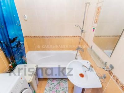 2-комнатная квартира, 114 м², 10/17 этаж, Кенесары 69А за ~ 27.7 млн 〒 в Нур-Султане (Астана), р-н Байконур — фото 2