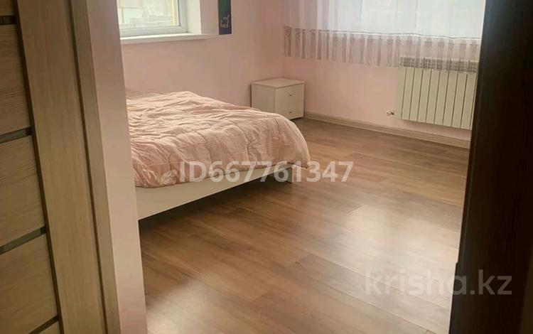 6-комнатный дом, 200 м², 10 сот., улица Каусар за 40 млн 〒 в Каскелене