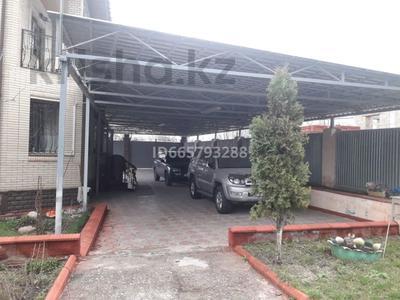 6-комнатный дом, 250 м², 8 сот., улица Тау-Самалы 22а за 80 млн 〒 в Кыргауылдах