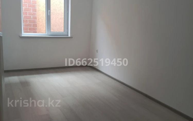 2-комнатный дом помесячно, 42 м², 8 сот., мкр Нуртас 8 за 75 000 〒 в Шымкенте, Каратауский р-н