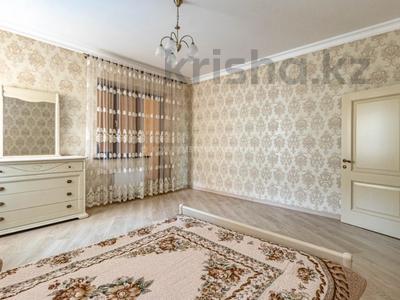2-комнатная квартира, 80 м², 4/6 этаж, проспект Кабанбай Батыра 13 за 48 млн 〒 в Нур-Султане (Астане), Есильский р-н