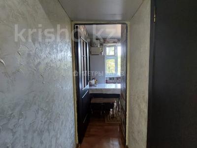 2-комнатная квартира, 44 м², 4/5 этаж, Микрорайон Акбулак за 11 млн 〒 в Таразе