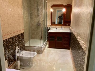4-комнатная квартира, 165 м², 9/36 этаж, Кабанбай батыра 11 за 70 млн 〒 в Нур-Султане (Астана), Есиль р-н — фото 15