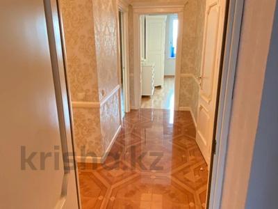 4-комнатная квартира, 165 м², 9/36 этаж, Кабанбай батыра 11 за 70 млн 〒 в Нур-Султане (Астана), Есиль р-н — фото 6