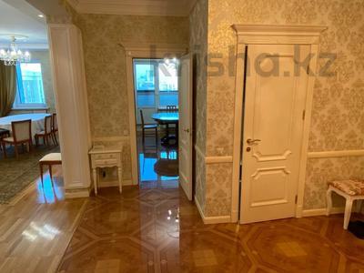 4-комнатная квартира, 165 м², 9/36 этаж, Кабанбай батыра 11 за 70 млн 〒 в Нур-Султане (Астана), Есиль р-н — фото 10